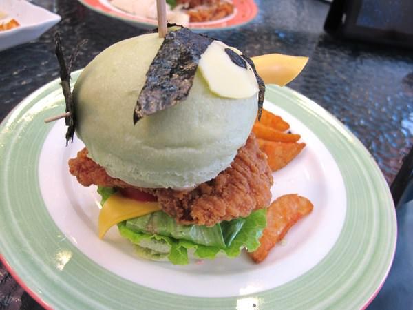 雙魚2次方美式漢堡:繽紛心情~夢幻般的手工漢堡皮-『雙魚2次方美式漢堡』
